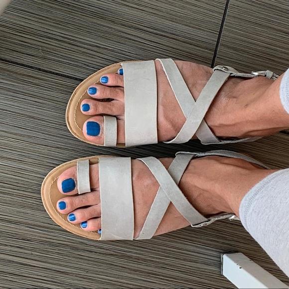 Sorel Ella Criss Cross Sandals Leather
